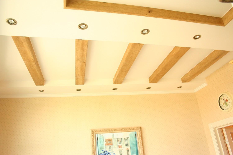 Как сделать своими руками декоративные балки на потолок