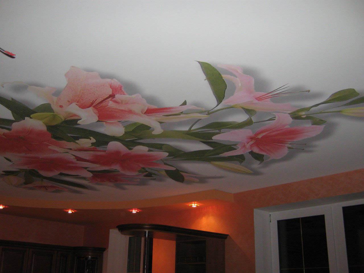 Украшаем потолок своими руками фото